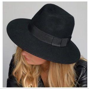 fc00fbe718c Haute Ellie Accessories - TRIXIE- Pecan Wool Felt Banded Classic Fedora